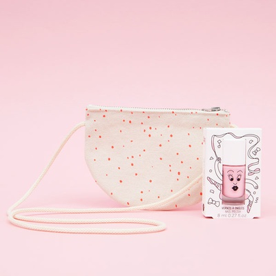 Half-moon bag Pipoca + pink nail polish